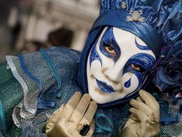 The Blue Clown by Stilfoto