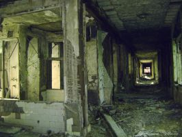 Abandoned hospital by Altrosa