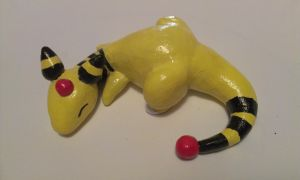 Sleepy polymer clay Ampharos by XxFirewingxX