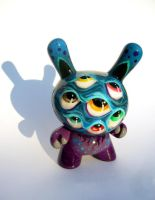 Eye'm A Thief - custom Dunny by bryancollins