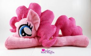 Cutie Pie Pinkie! by SailorMiniMuffin