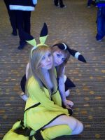 Pikachu and Umbreon by MariSanomaFanFic