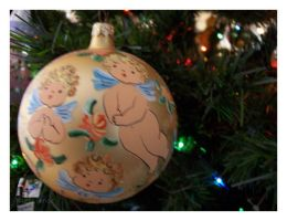Ornaments: Angelic by mizscience