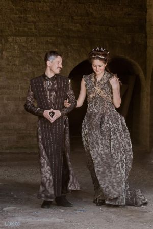 Petyr and Sansa walking by Ulkerei