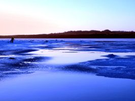 Blue ice by Juliemarie91