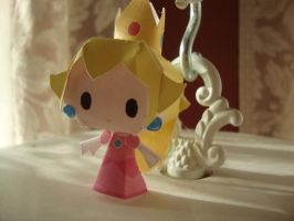 Peach Chibi Papercraft by AnimeGang