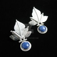 Elvin Leaf Earrings by camias