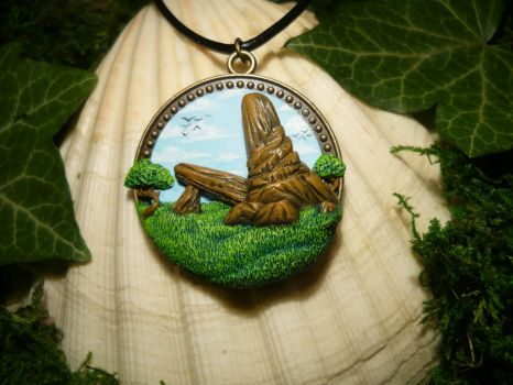 Priderock - The Lion King - handmade Pendant by Ganjamira