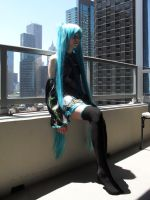 Hatsune Miku cosplay by Overkill-Kitty