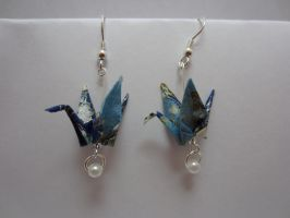 Origami Crane Earrings by taichiorange