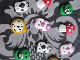 Alice Buttons by Sompy-Stuff