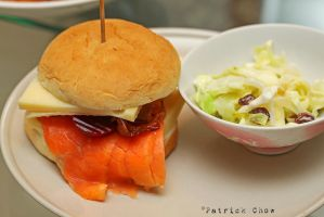 Smoked salmon burger by patchow