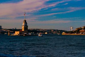 Maiden's Tower by emiraksoy