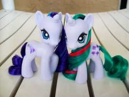 Gusty and Glory Customs by psaply