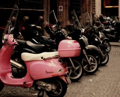 VESPA.2 by gardeenofdreams