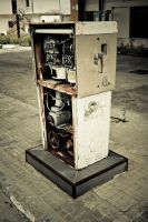 gasoline pump by Hundebein