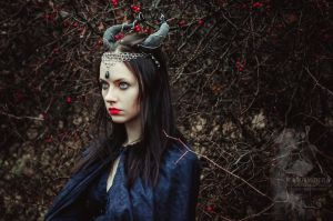 Headpiece 'Demonic Warrior' by Madormidera