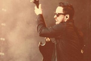 Holy Shinoda , Mike your going to break it by VICINITYOFOBSC3NITY