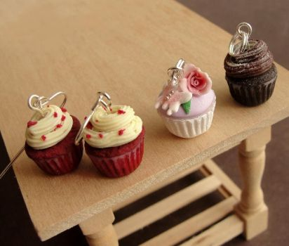 Cupcake Jewelry by fairchildart