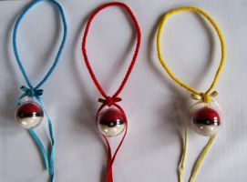 Needle Felted Pokeball Charms by Shourei