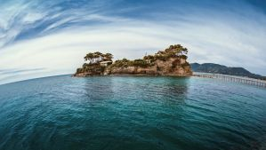 small island by fly10