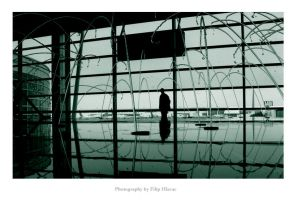 trapped... by pHeela