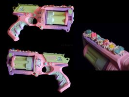 Kawaii Guns by miss-octopie