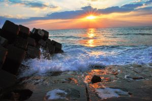 Okinawa Seawall by Qvisions