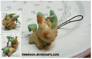 Leafeon Charm by Swadloon