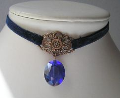 blue velvet chocker by kaitani81