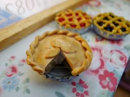 Apple pie 1/6 scale by LittlestSweetShop