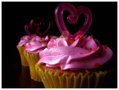 Cupcakes by ladyo