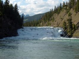 BOW FALLS BANFF by Loulou13