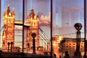 Towers reflection by bebadawn