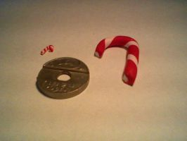 Size comparison of candy canes by Joy-Pedler