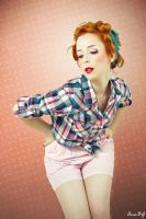 TRUE PIN UP GIRLS - Red Head by Rosier-du-mal