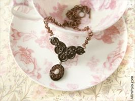 Royal Chocolate Necklace by allim-lip
