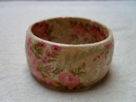 Vintage flower bracelt by kickthebucket