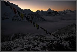 Sunrise over the Himalayas by yuvi2
