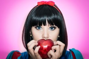 Bad Apple by WilliamBrenes