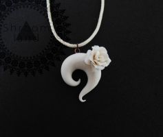white rose pendant by shandio