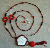 Orient necklace by Monaki