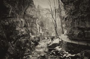 Old canyon by daenuprobst