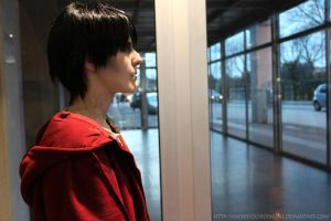 R in airport - Warm Bodies cosplay by MischievousBoyAilime