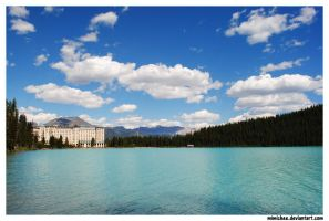 Chateau Lake Louise by laufiend