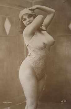 Classical nude... by PostcardsStock