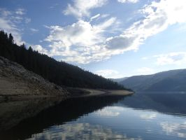 Beardley Reservoir in August by chronitonic
