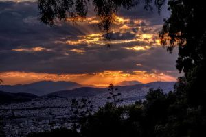 Last rays over the city by StamatisGR