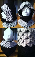 Dragon Scale Crocheted Hood Black/Silver by Arexandria