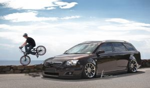 Toyota Avensis Estate by KTBTuning